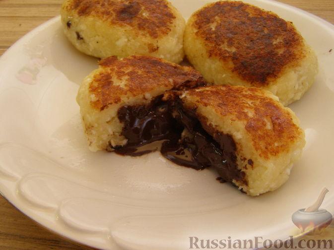 Рецепт Сырники с шоколадом