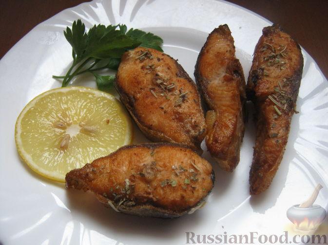 Фото приготовления рецепта: Куриный суп с картофелем и луково-мучной заправкой - шаг №7