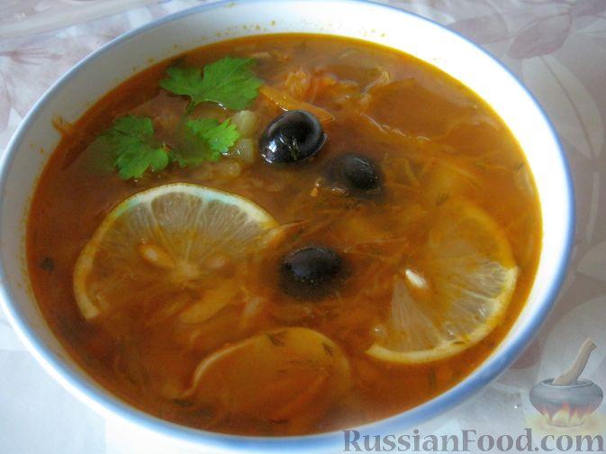 Рецепт Солянка с капустой, грибами и консервированной рыбой