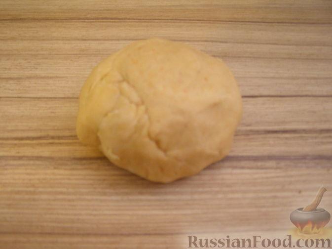 Фото приготовления рецепта: Лапша овощная (тыквенная) - шаг №3