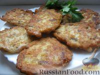 Фото к рецепту: Куриные оладьи с грибами и сыром