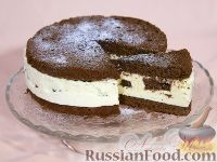 "Фото к рецепту: Торт ""Птичье молоко"" (по классическому рецепту) на брауни"
