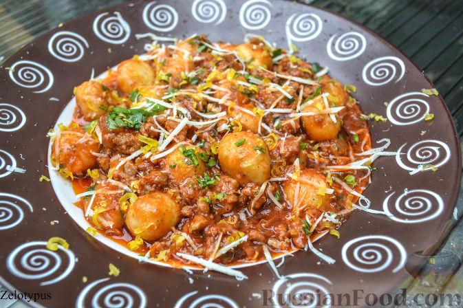 Рецепт Картофельные шарики в соусе болоньезе