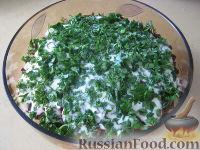 Фото к рецепту: Слоеный винегрет со шпротами