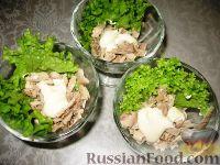 """Фото приготовления рецепта: Салат """"Черная курица"""" с мясом криля - шаг №2"""