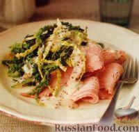Фото к рецепту: Свиной окорок с горчичным соусом и савойской капустой