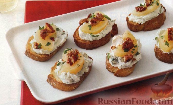 Рецепт Тосты с сырной начинкой, грушами и орехами