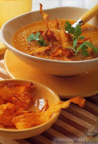 Рецепт Пряный суп из тыквы с тыквенными чипсами