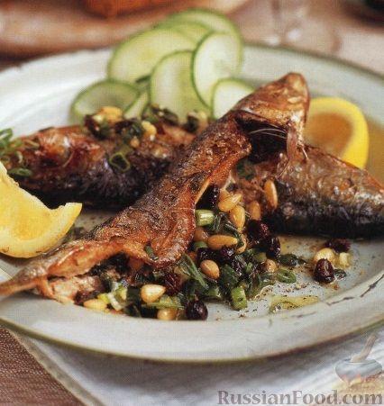 Рецепт Сардины, фаршированные смородиной, орешками и луком
