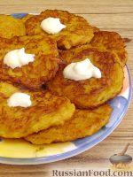 Фото к рецепту: Оладьи из тыквы с картофелем