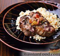 Фото к рецепту: Жареная на гриле баранина с соусом из ревеня