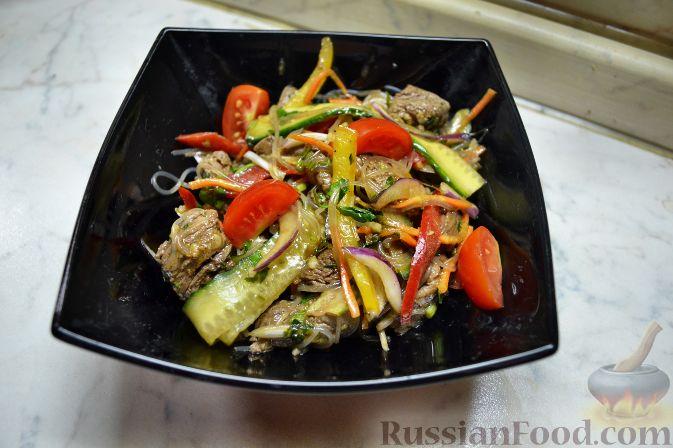 восточный салат с говядиной и кинзой