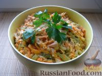 Фото к рецепту: Салат «Обжорка» с курицей