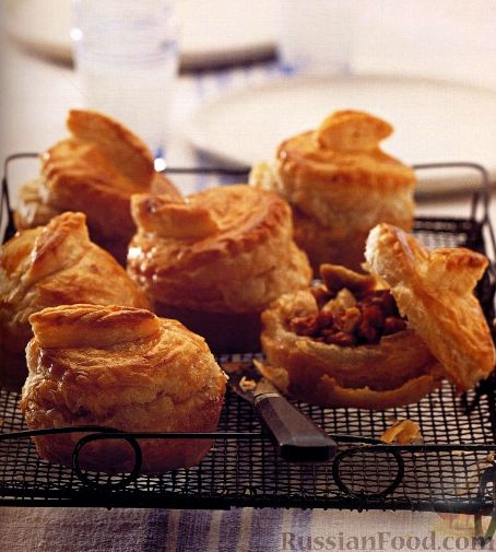 Рецепт Праздничные пирожки из слоеного теста с мясом