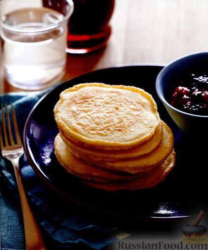 Фото приготовления рецепта: Сэндвичи с колбасой, сыром и томатной пастой, на сковороде - шаг №11