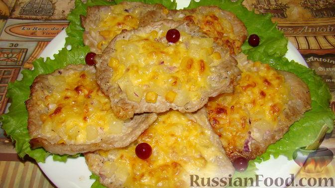 Фото приготовления рецепта: Отбивная с ананасом - шаг №6