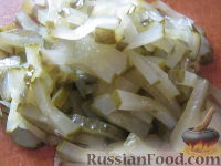 Фото приготовления рецепта: Салат «Обжорка» с курицей - шаг №10