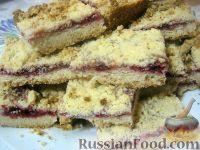 Фото к рецепту: Песочный пирог с клюквой