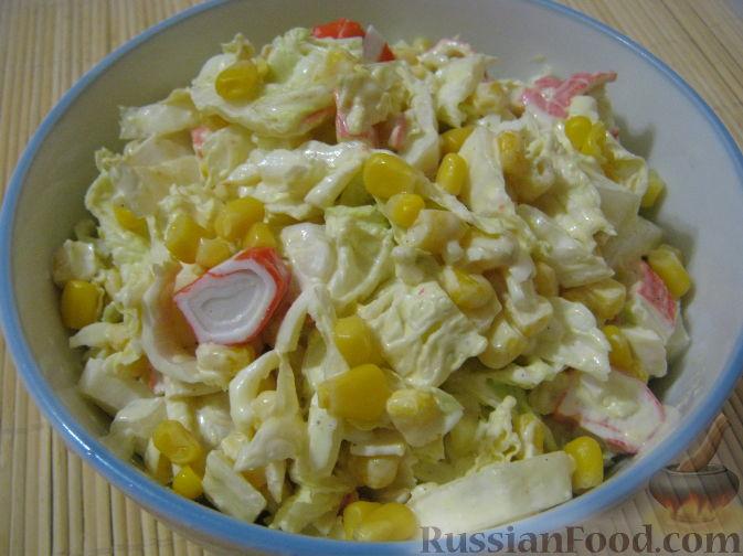 рецепт салата кукуруза крабовые палочки и пекинская капуста