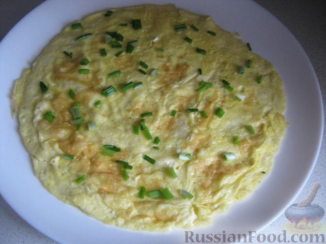 Как приготовить омлет с зеленым луком