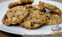 Фото к рецепту: Печенье из овсянки с сушеной клюквой