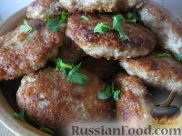 Фото к рецепту: Нежные свиные котлеты с сыром