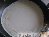 Фото приготовления рецепта: Блины молочные тонкие - шаг №9