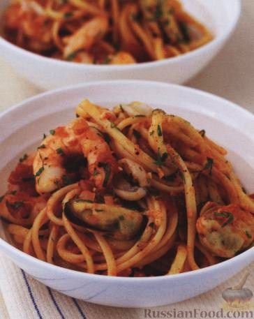 Рецепт Паста (макароны) с морепродуктами и томатами