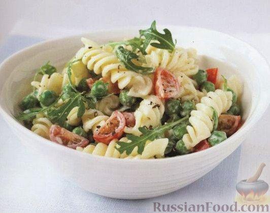 Рецепт Салат из пасты (макаронных изделий), горошка и помидоров