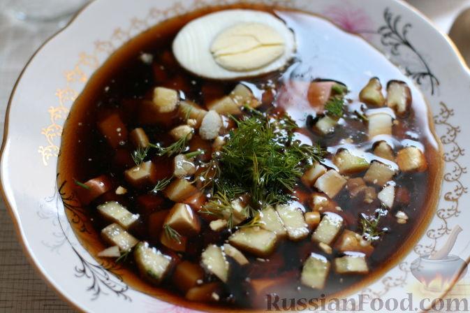 Окрошка на квасе — традиционное русское блюдо