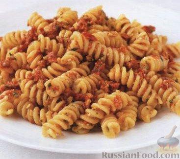 Рецепт Паста (макароны) с томатным соусом песто