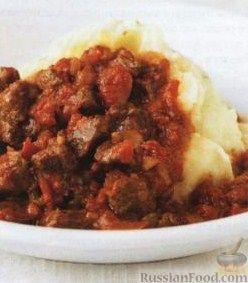 Рецепт Рагу из говядины с помидорами, чесноком и красным вином