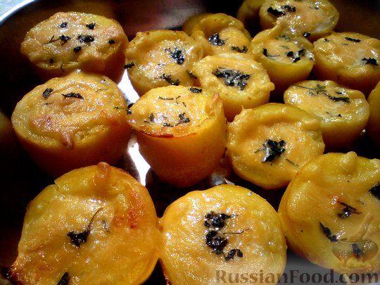 Рецепт Печеная картошка с сыром и перепелиным яйцом