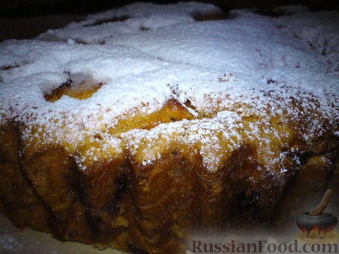 Фото приготовления рецепта: Суп с квашеной капустой, копчеными ребрышками и сливами - шаг №6