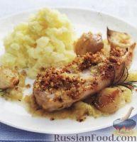 Фото к рецепту: Свинина с луком и яблоками