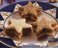 """Фото к рецепту: Бутерброды """"Звездочки"""" с яблоками, орехами и медом"""