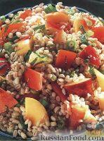 Фото к рецепту: Салат с перловкой и нектарином