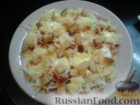"Фото к рецепту: Салат ""Цезарь"" с курицей и помидорами черри"