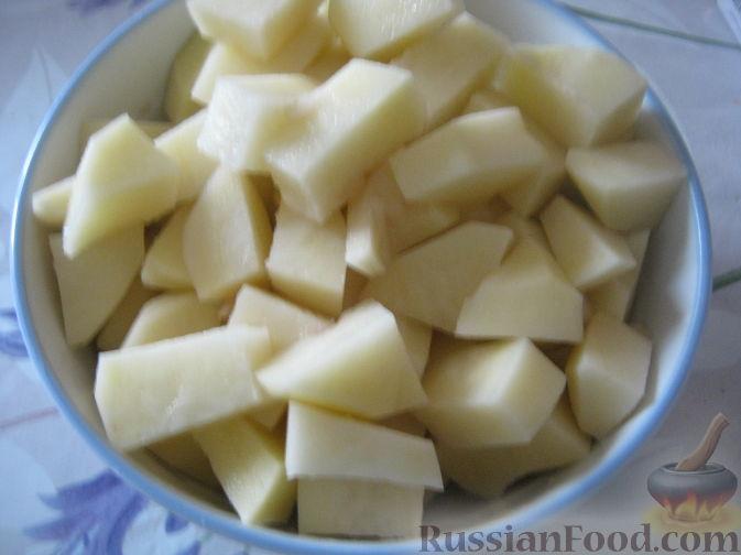 Фото приготовления рецепта: Постный рассольник с грибами - шаг №3