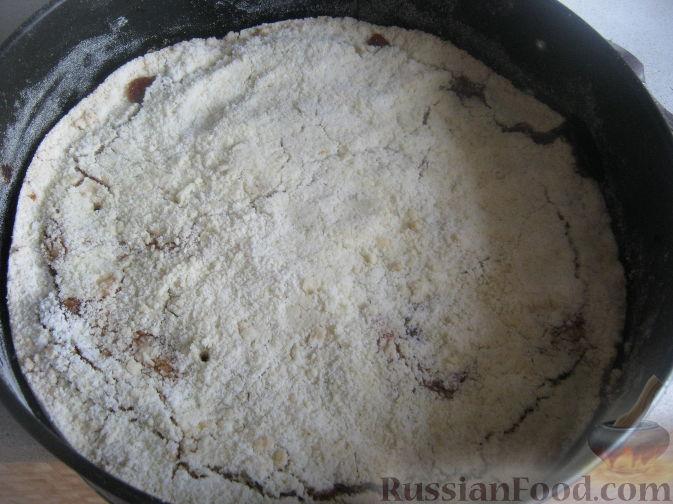 Фото приготовления рецепта: Томатный суп с мясным фаршем и булгуром - шаг №4