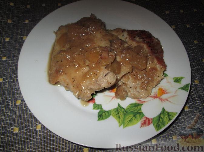 Рецепт Свинина, тушенная в яблочном соусе