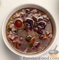 Фото к рецепту: Щи из красной капусты (в мультиварке)