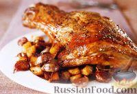 Фото к рецепту: Баранья лопатка, запеченная с картофелем и чесноком