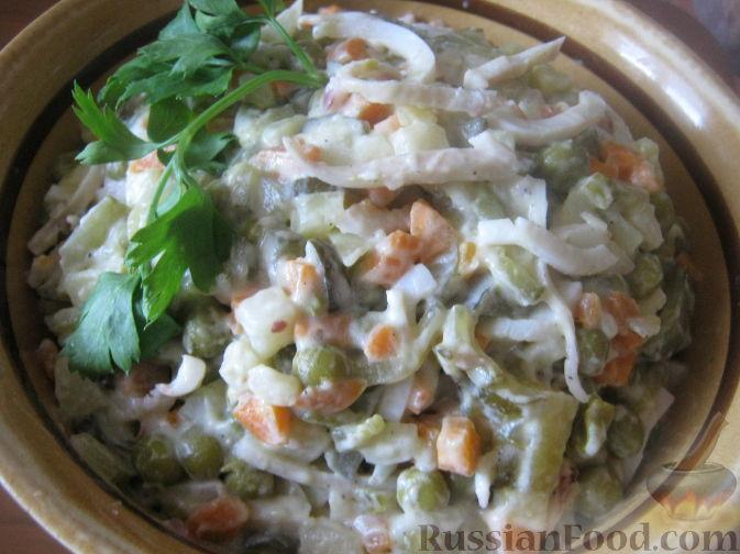 Рецепт Салат из кальмаров с овощами