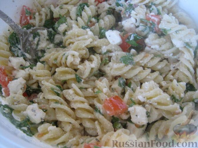 Рецепт Салат с макаронами и брынзой