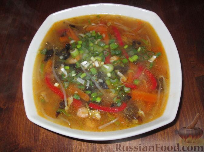 Рецепт Китайский рыбный суп с овощами и грибами муэр