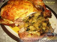 Фото приготовления рецепта: Курица, фаршированная картофелем и грибами - шаг №8