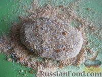 Фото приготовления рецепта: Гречневые котлеты постные - шаг №7