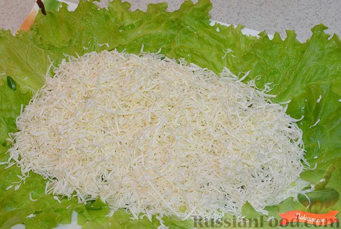 Фото приготовления рецепта: Салат с крабовыми палочками - шаг №3