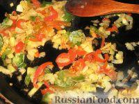 Фото приготовления рецепта: Суп из чечевицы с копченостями - шаг №3